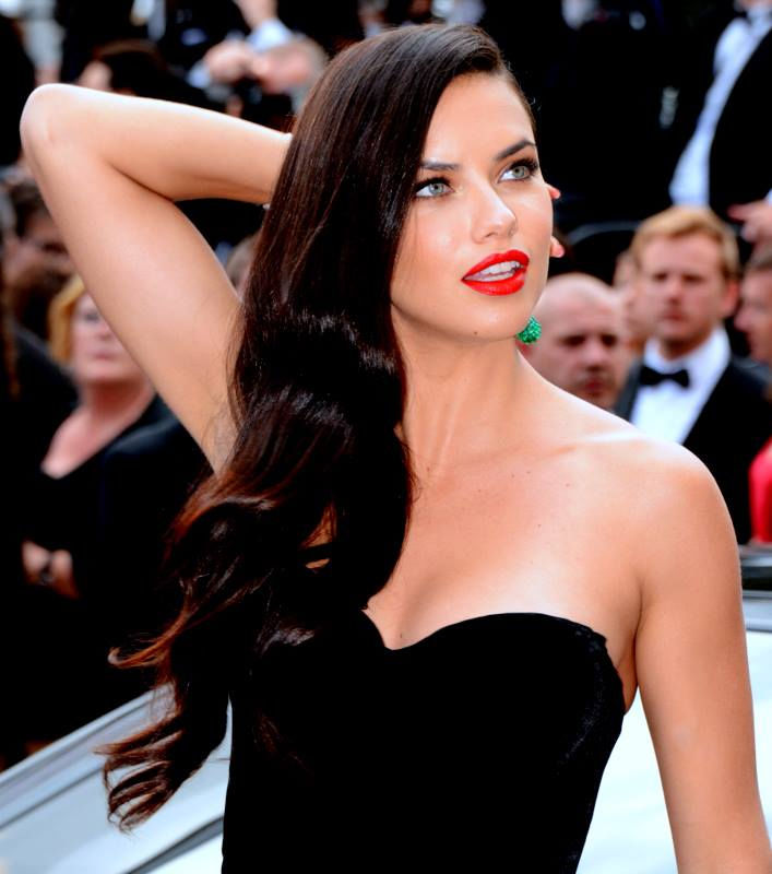 Photo of Adriana Lima: Brazilian model and actress