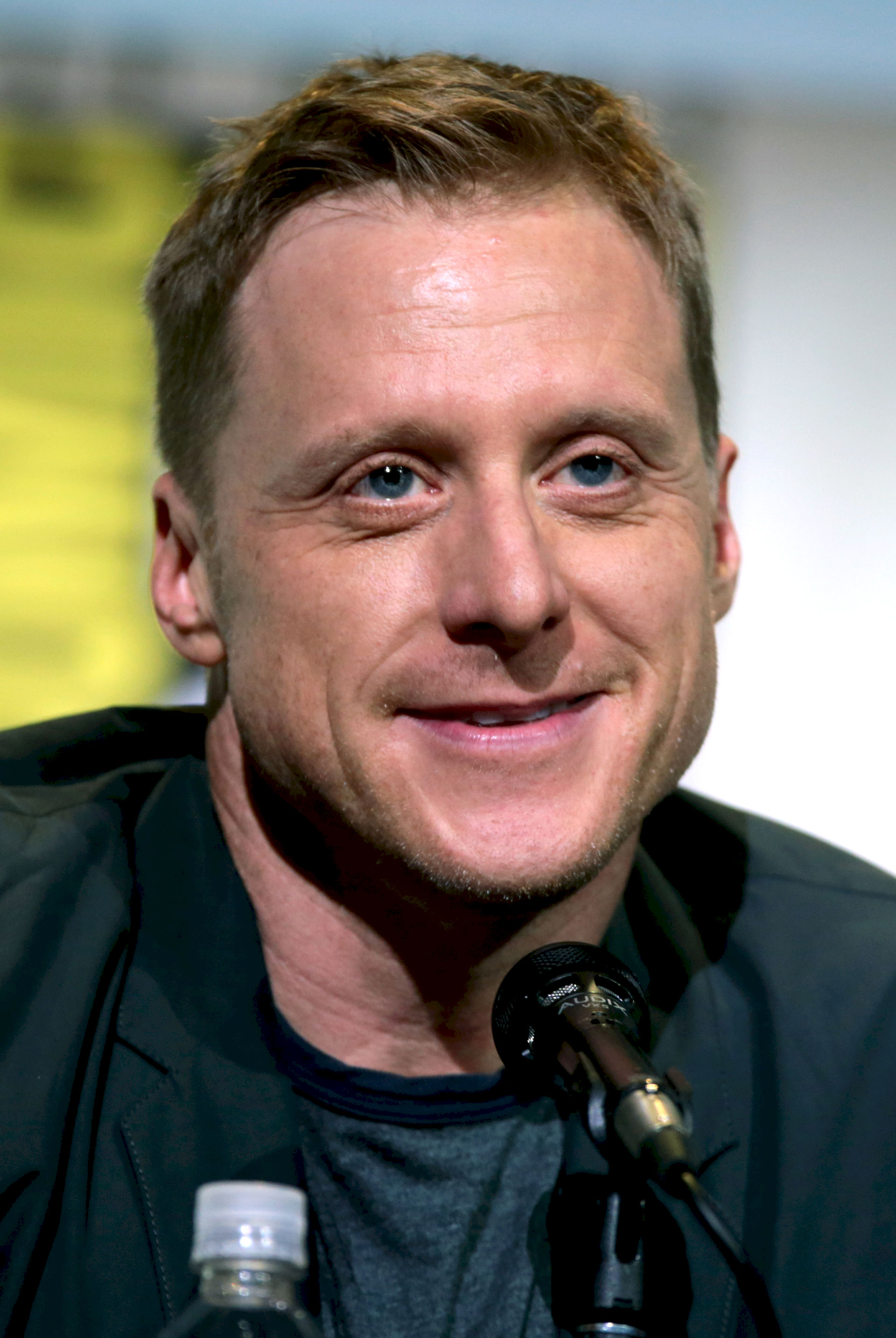Photo of Alan Tudyk: Actor from the United States