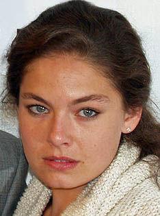 Photo of Alexa Davalos: French-American actress