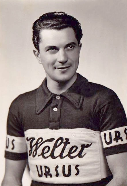 Photo of Alfredo Pasotti: Road bicycle racer