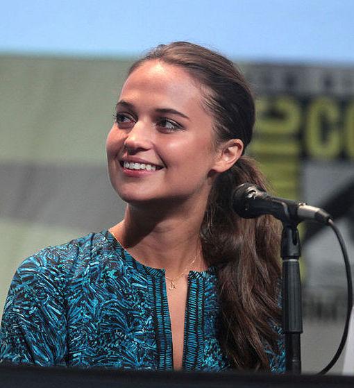Photo of Alicia Vikander: Swedish actress