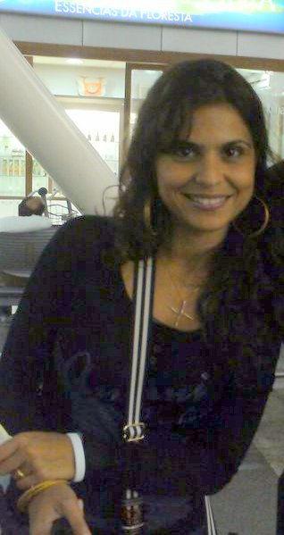 Photo of Aline Barros: Singer