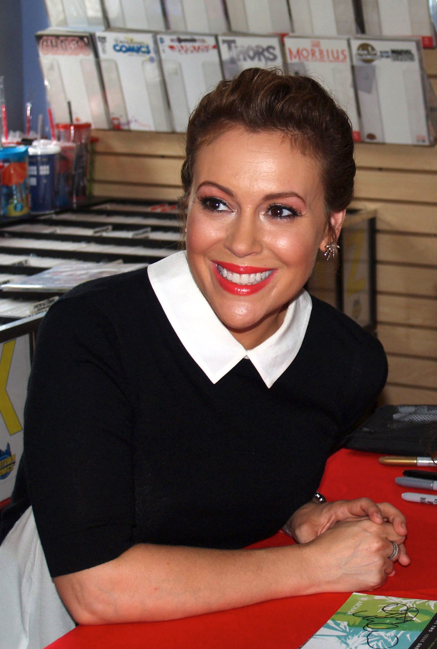 Photo of Alyssa Milano: American actress, singer, producer