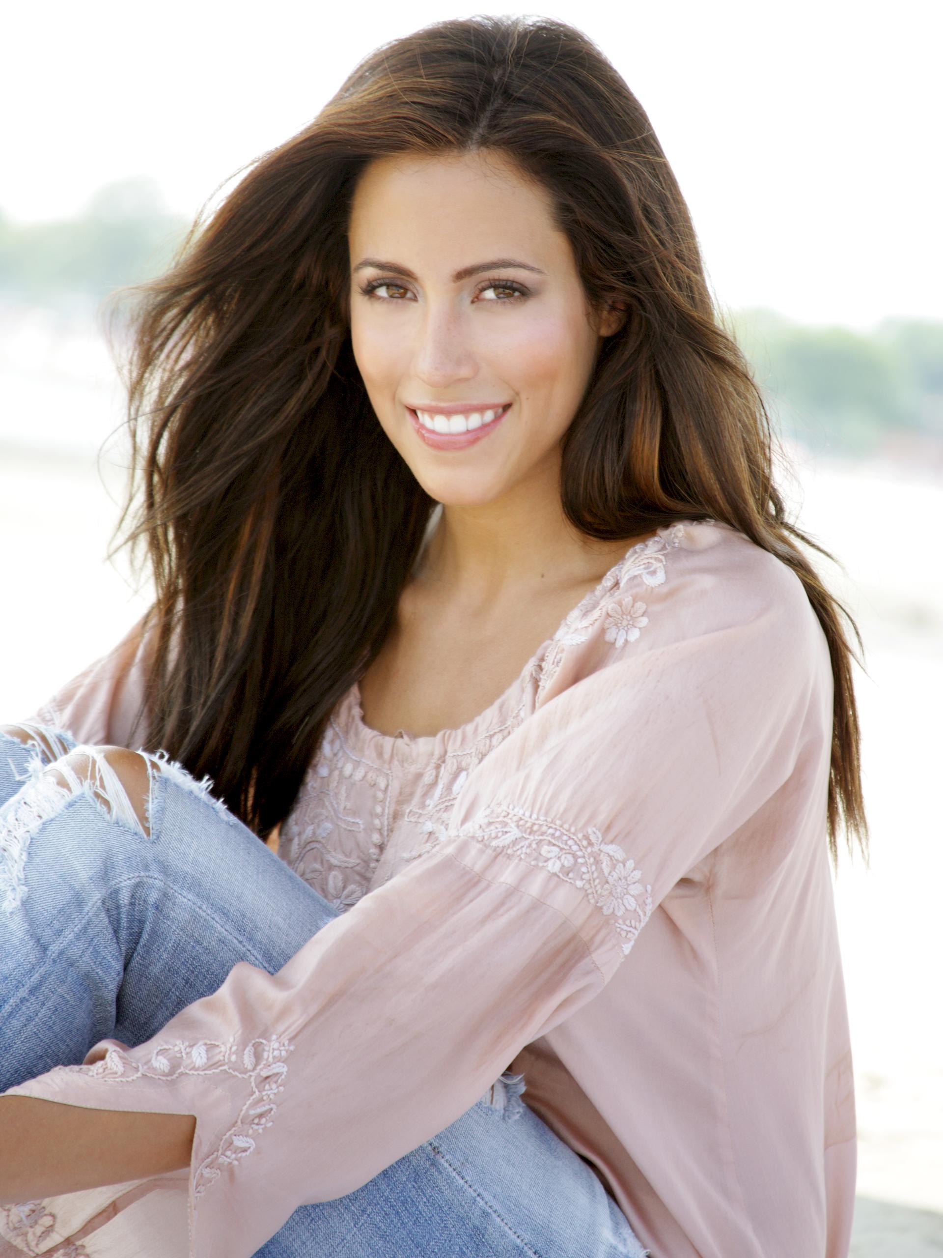 Photo of Amber Lee Ettinger: American Model