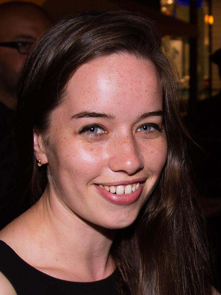 Photo of Anna Popplewell: English actress