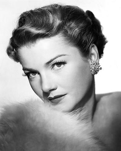 Photo of Anne Baxter: American actress