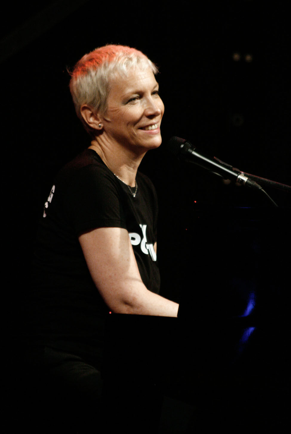 Photo of Annie Lennox: British musician