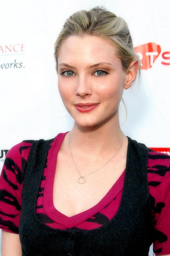 Photo of April Bowlby: Actress