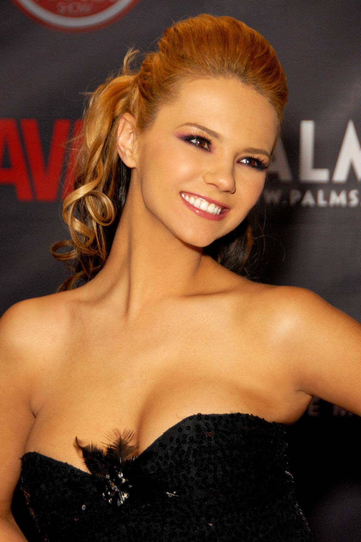 Photo of Ashlynn Brooke: American pornographic actress