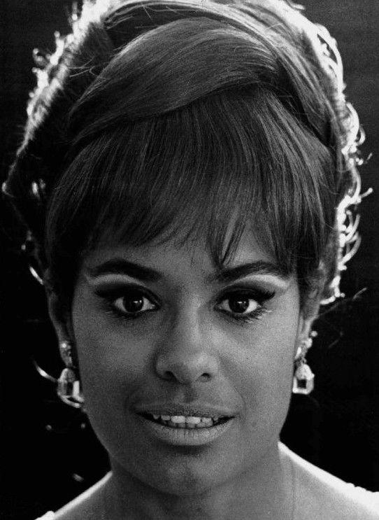 Photo of Barbara McNair: Singer, actress
