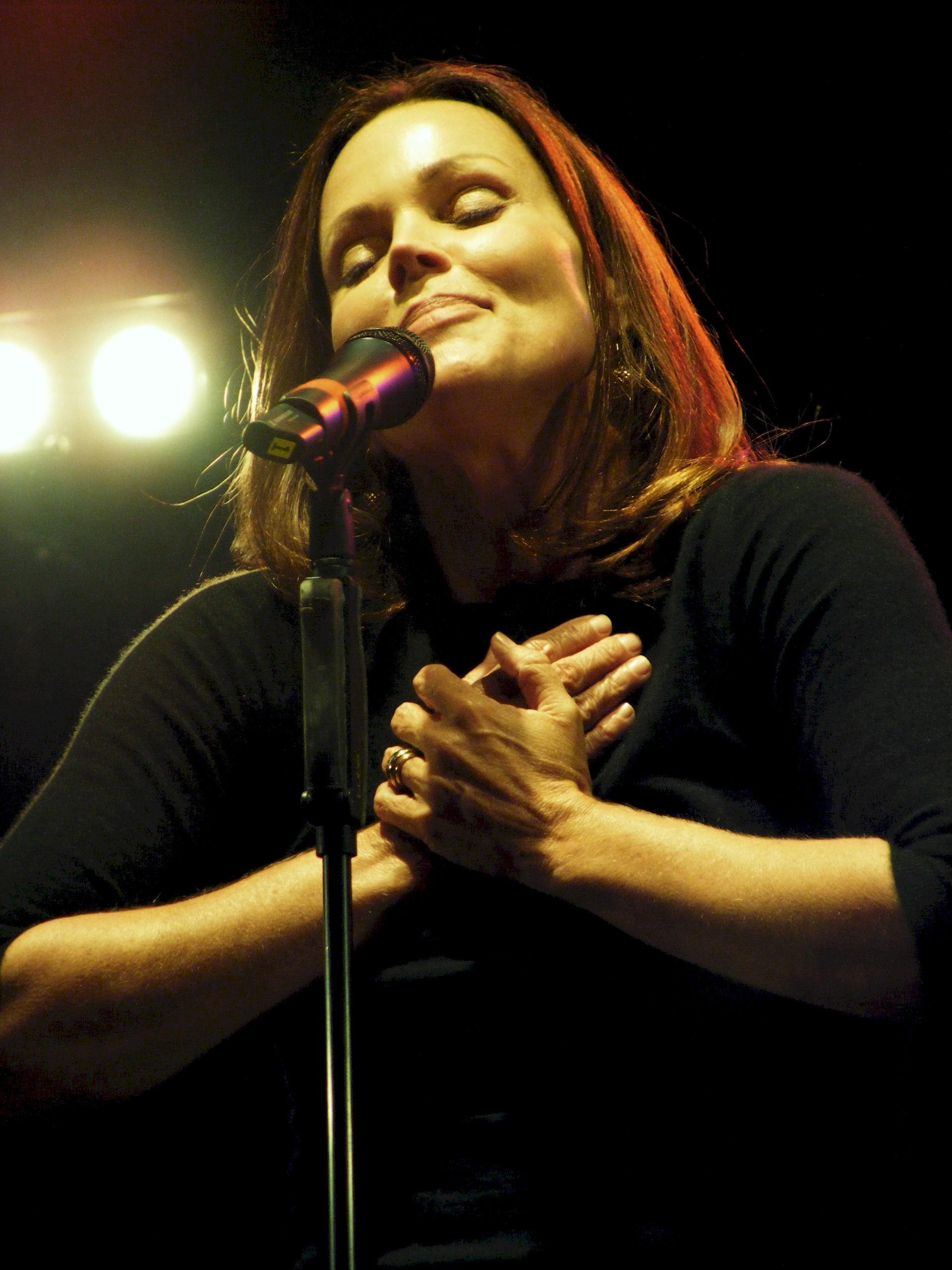 Photo of Belinda Carlisle: Musician