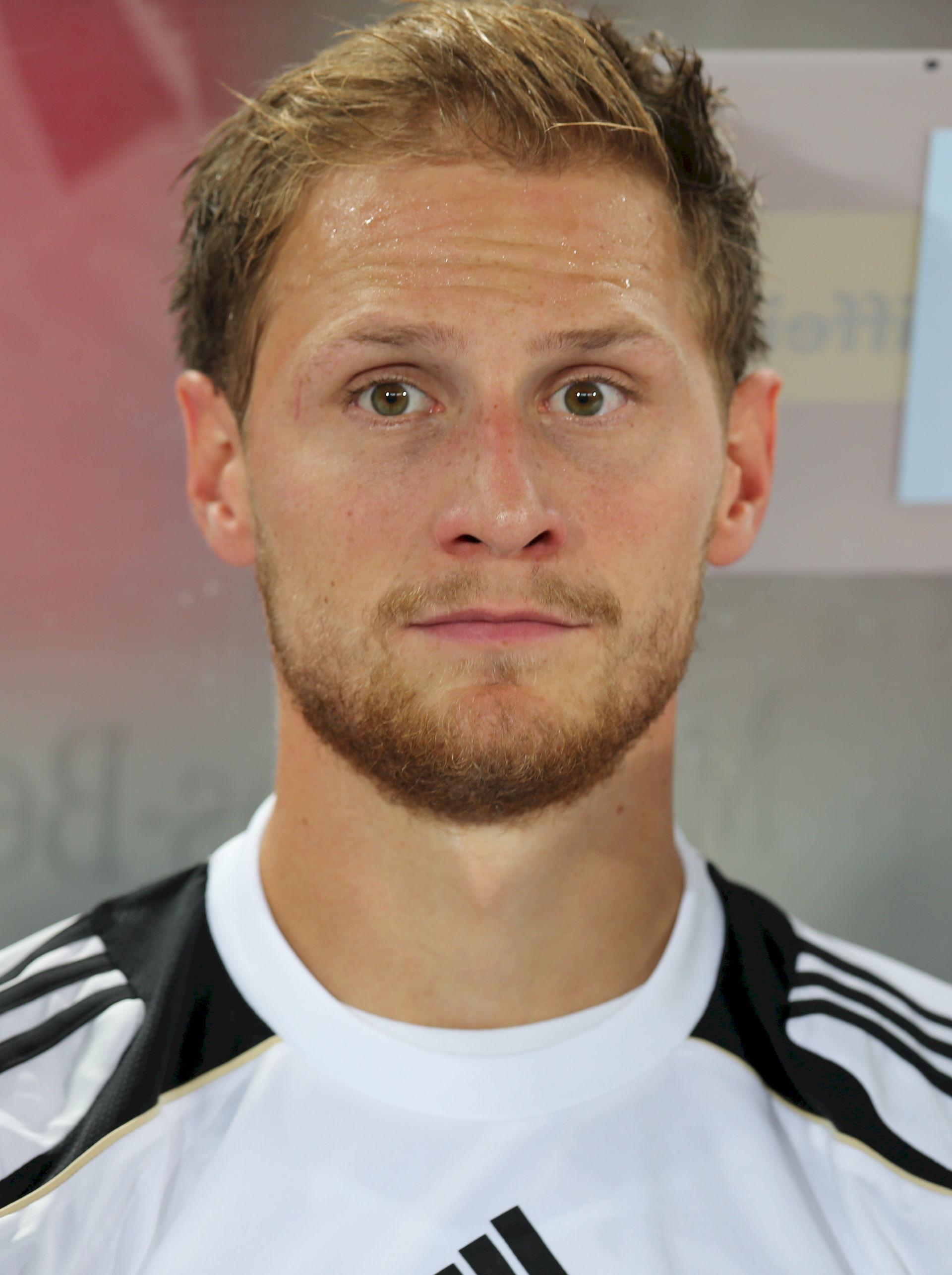 Photo of Benedikt Höwedes: German footballer