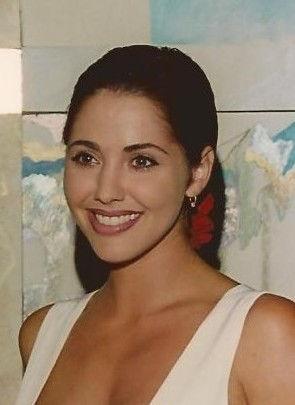 Photo of Bobbie Phillips: American actress