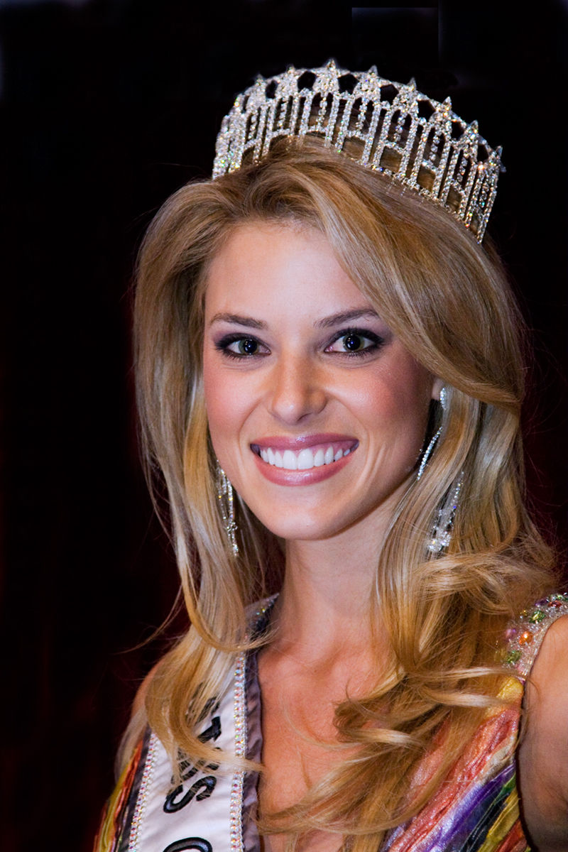 Photo of Carrie Prejean: American model and writer