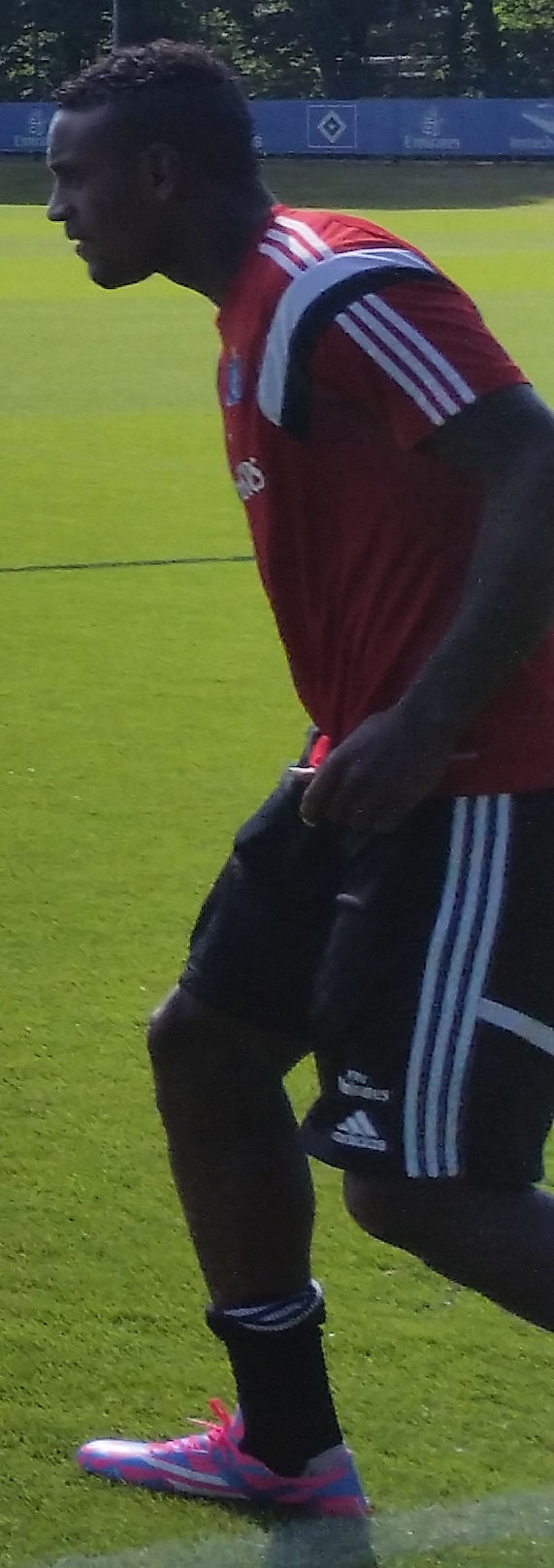 Photo of Cléber (footballer, born 1990): Brazilian footballer
