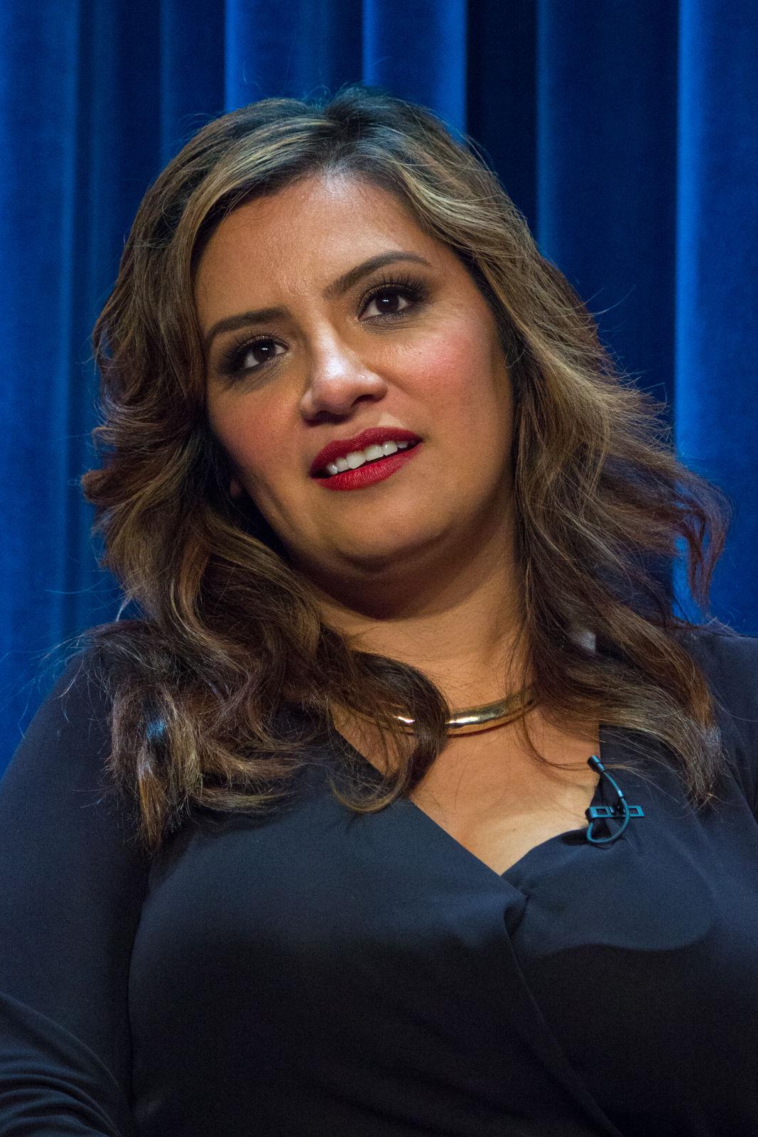 Photo of Cristela Alonzo: American actress