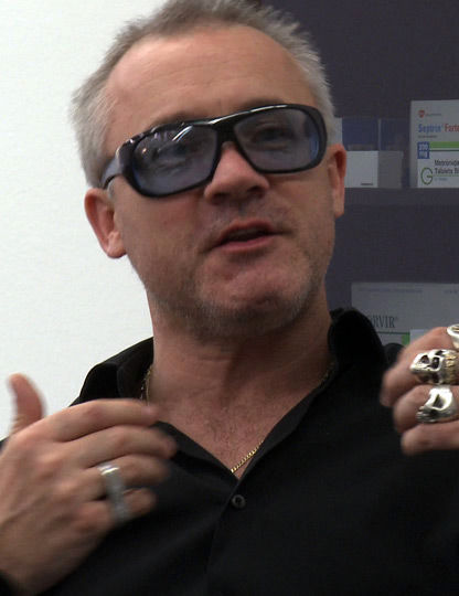 Photo of Damien Hirst: Artist