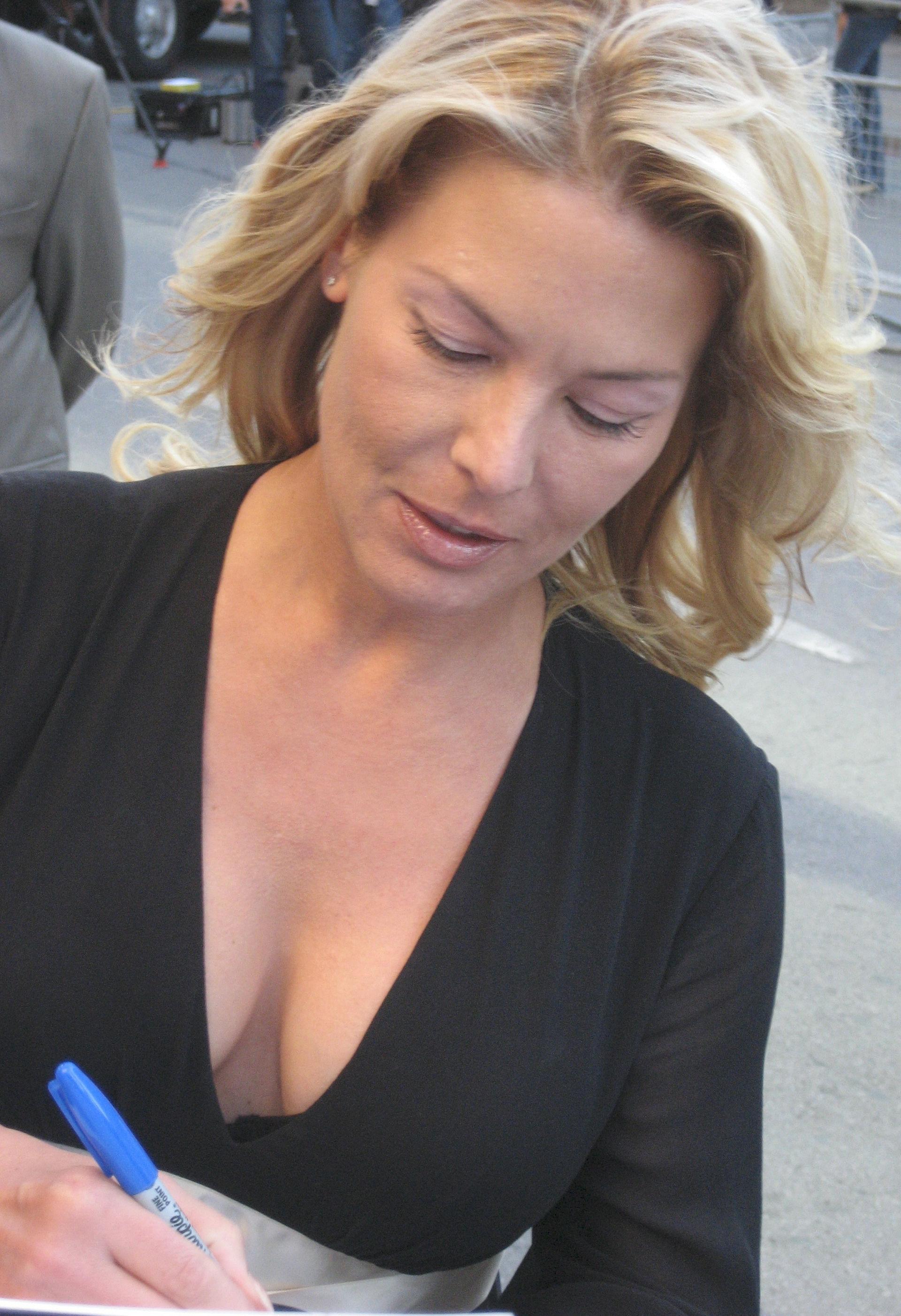 Photo of Deborah Kara Unger: Actress
