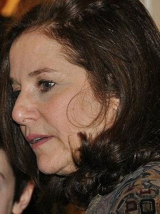 Photo of Debra Winger: American actress