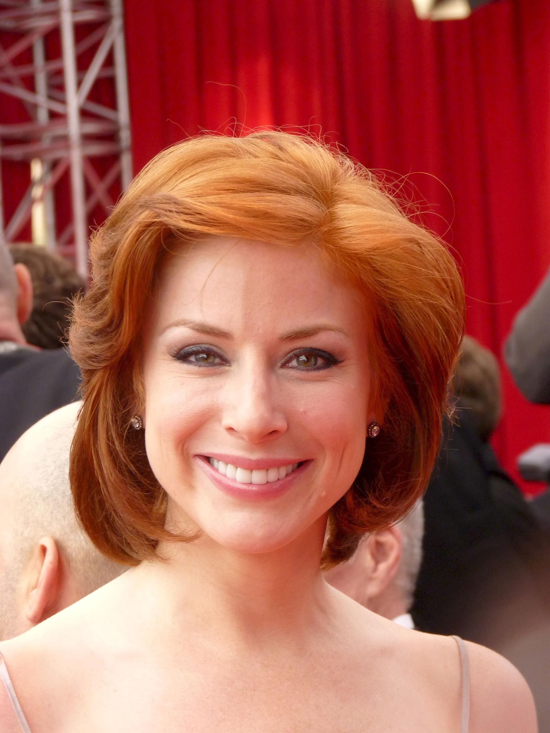 Photo of Diane Neal: American actress