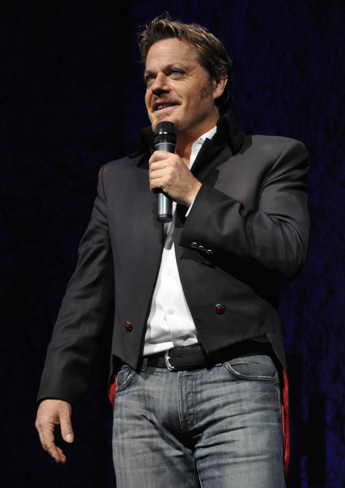 Photo of Eddie Izzard: British stand-up comedian, actor and writer