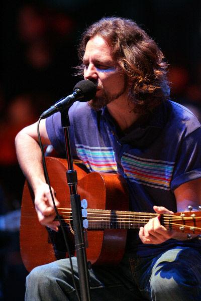 Photo of Eddie Vedder: Musician, songwriter