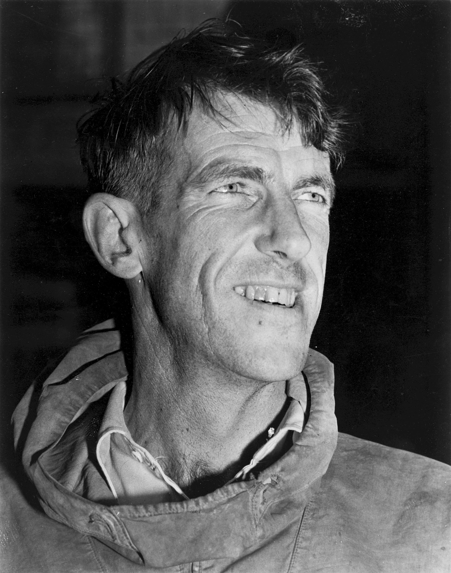 Photo of Edmund Hillary: New Zealand beekeeper and mountaineer
