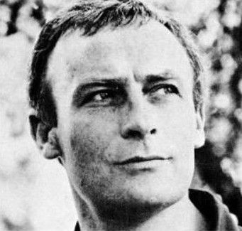 Photo of Edward Woodward: English actor