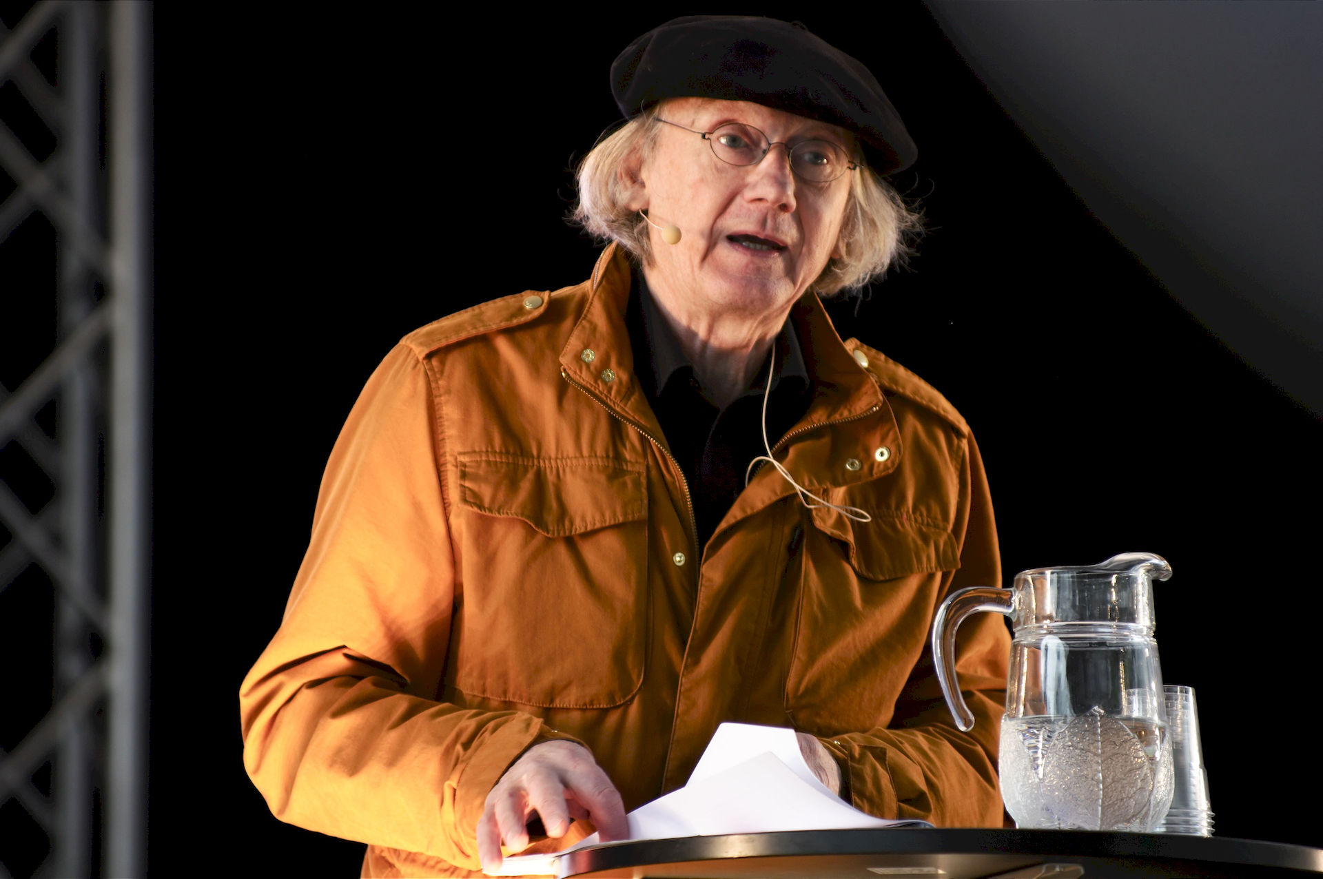 Photo of Einar Økland: Norwegian writer