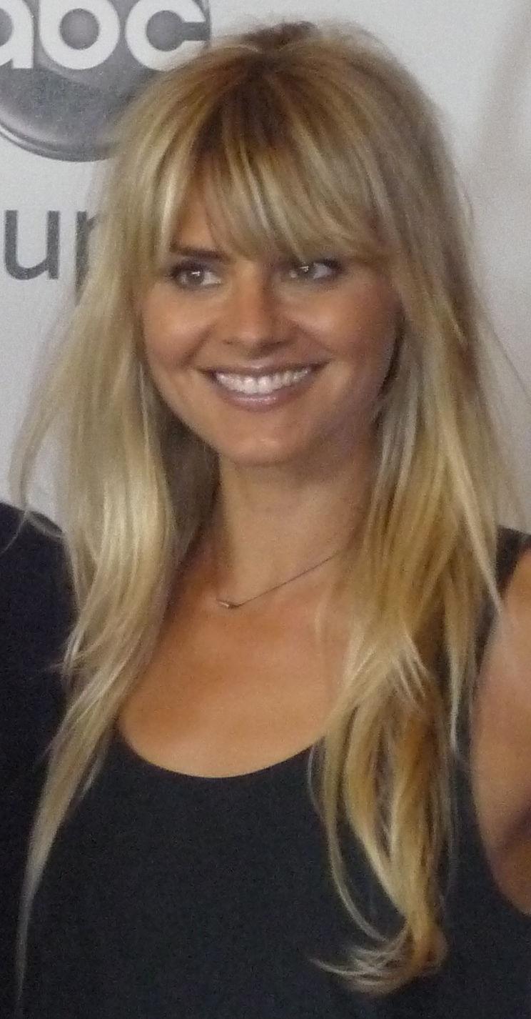 Photo of Eliza Coupe: American actress