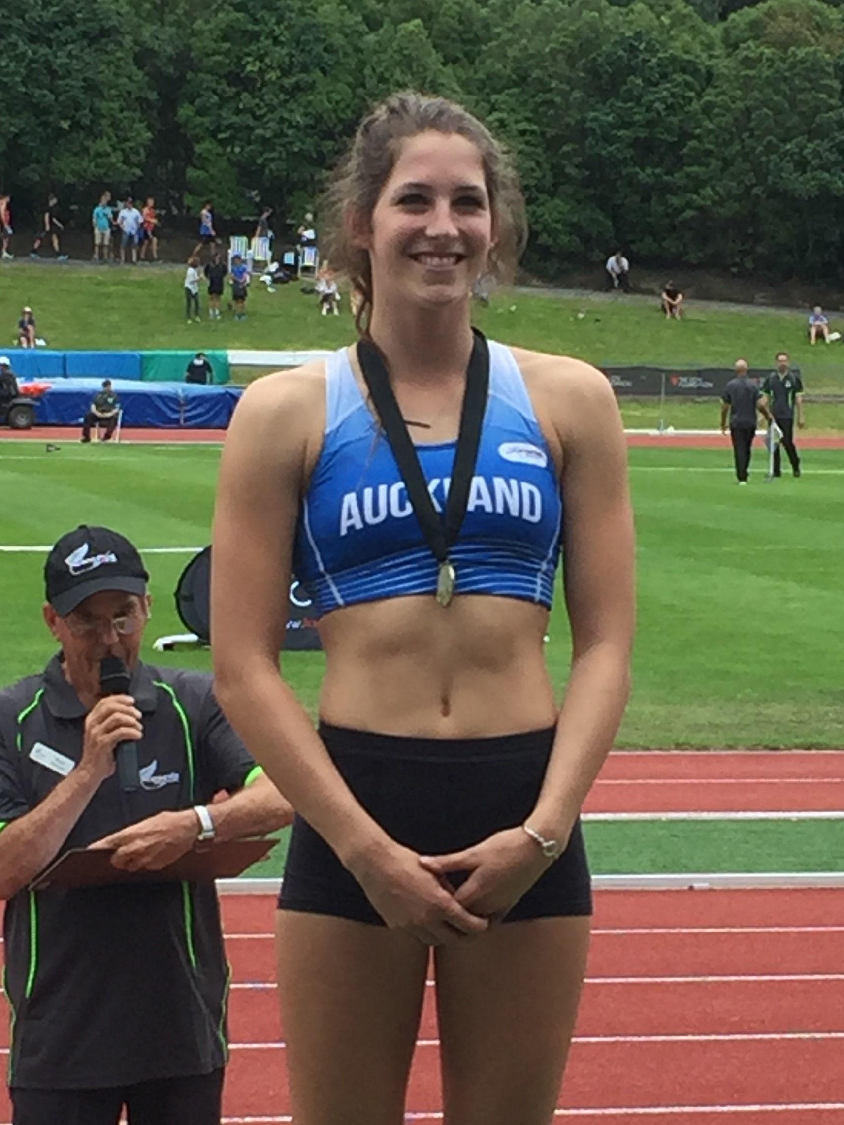 Photo of Eliza McCartney: New Zealand athletics competitor