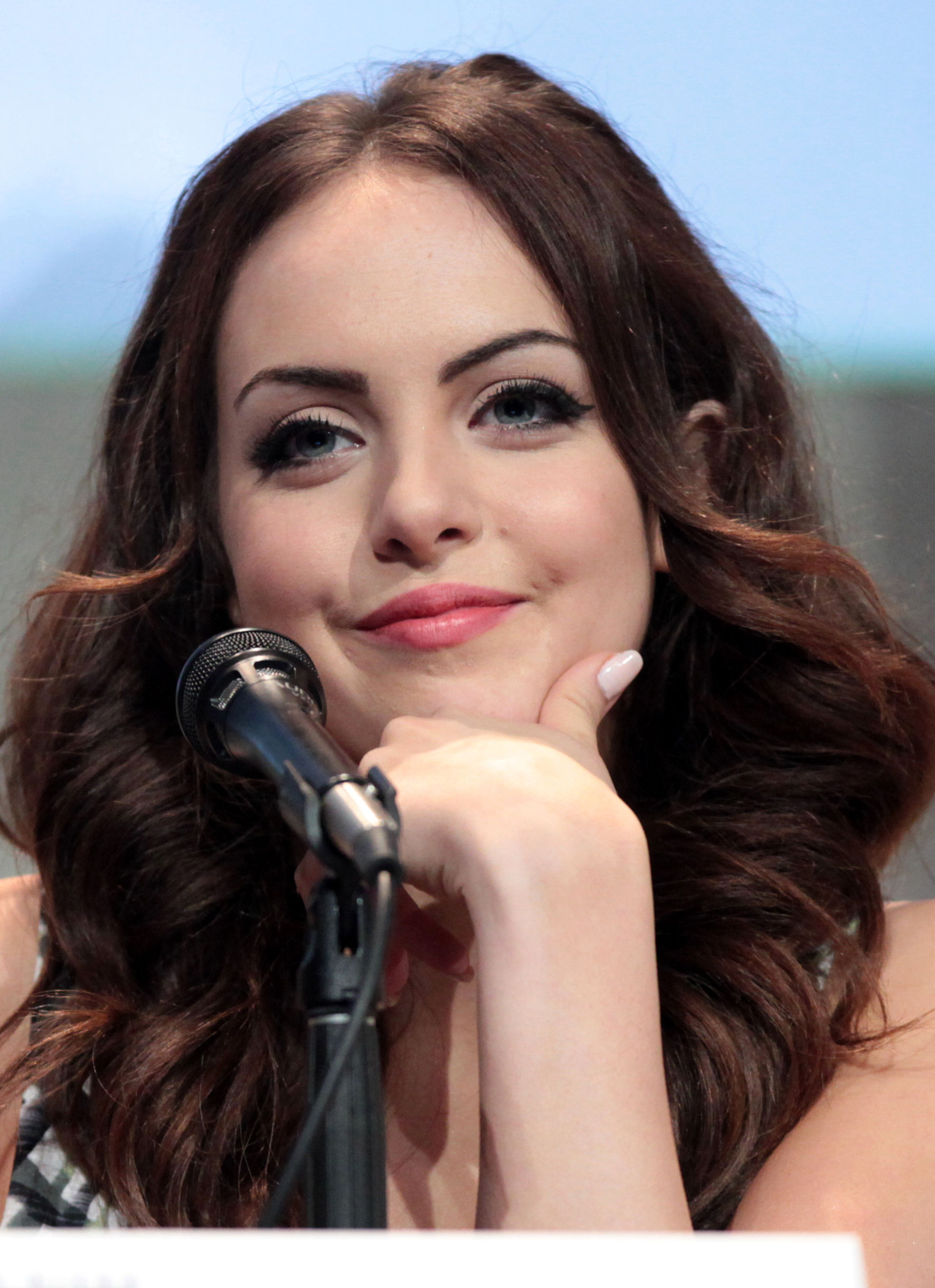Photo of Elizabeth Gillies: American actress, singer and dancer