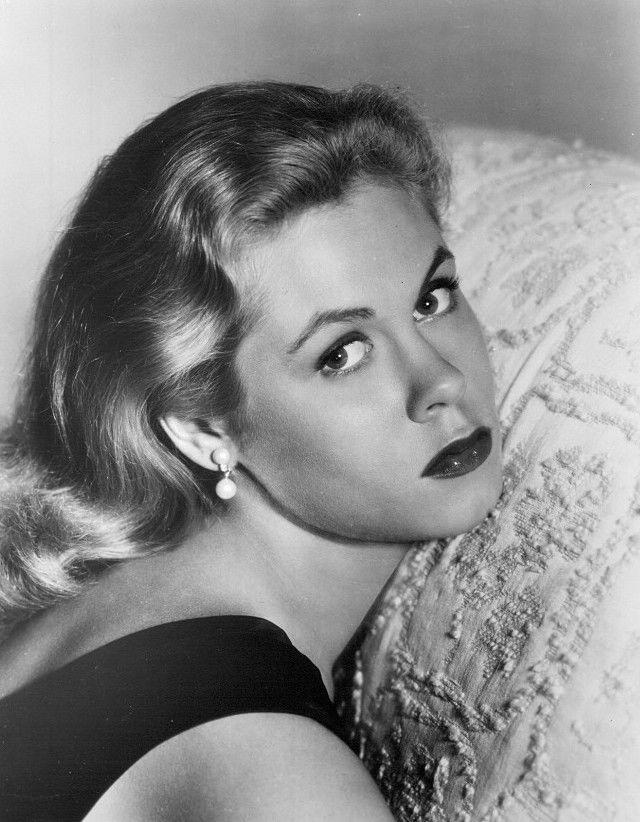 Photo of Elizabeth Montgomery: Actress