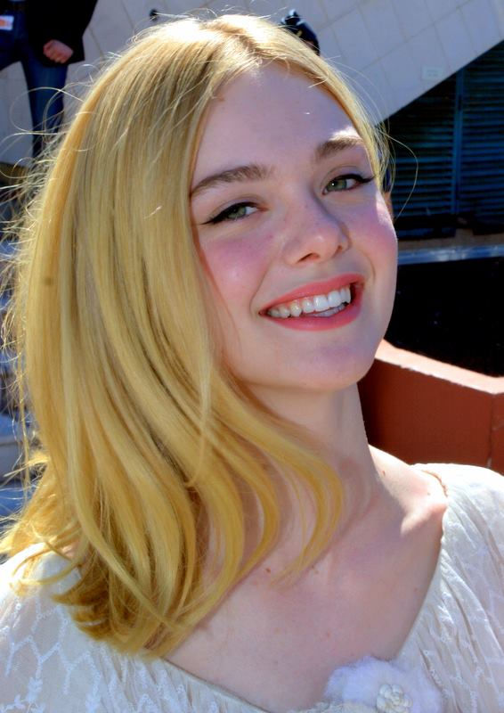 Photo of Elle Fanning: American actress