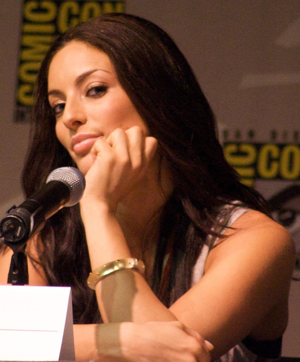 Photo of Erica Cerra: Actress