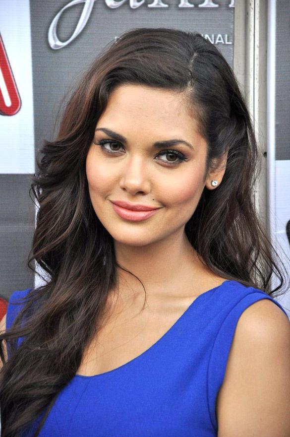 Photo of Esha Gupta: Indian actress