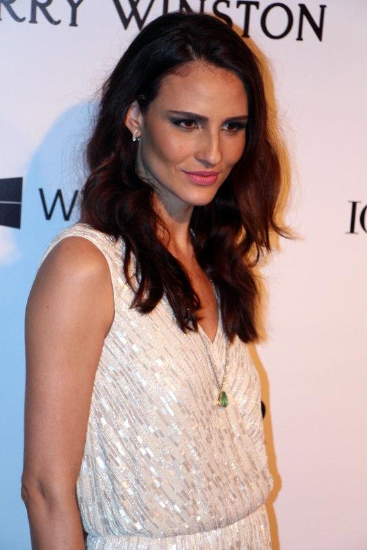 Photo of Fernanda Tavares: Brazilian model