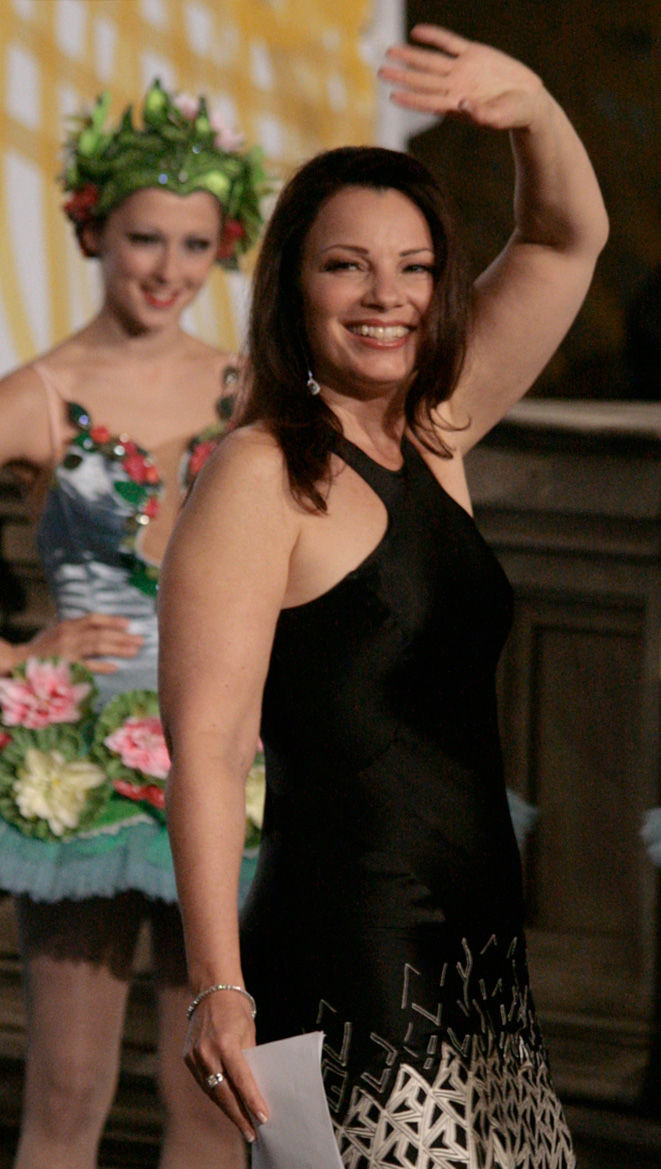 Photo of Fran Drescher: American film and television actress, comedian, screenwriter, tv director, producer, author and activist