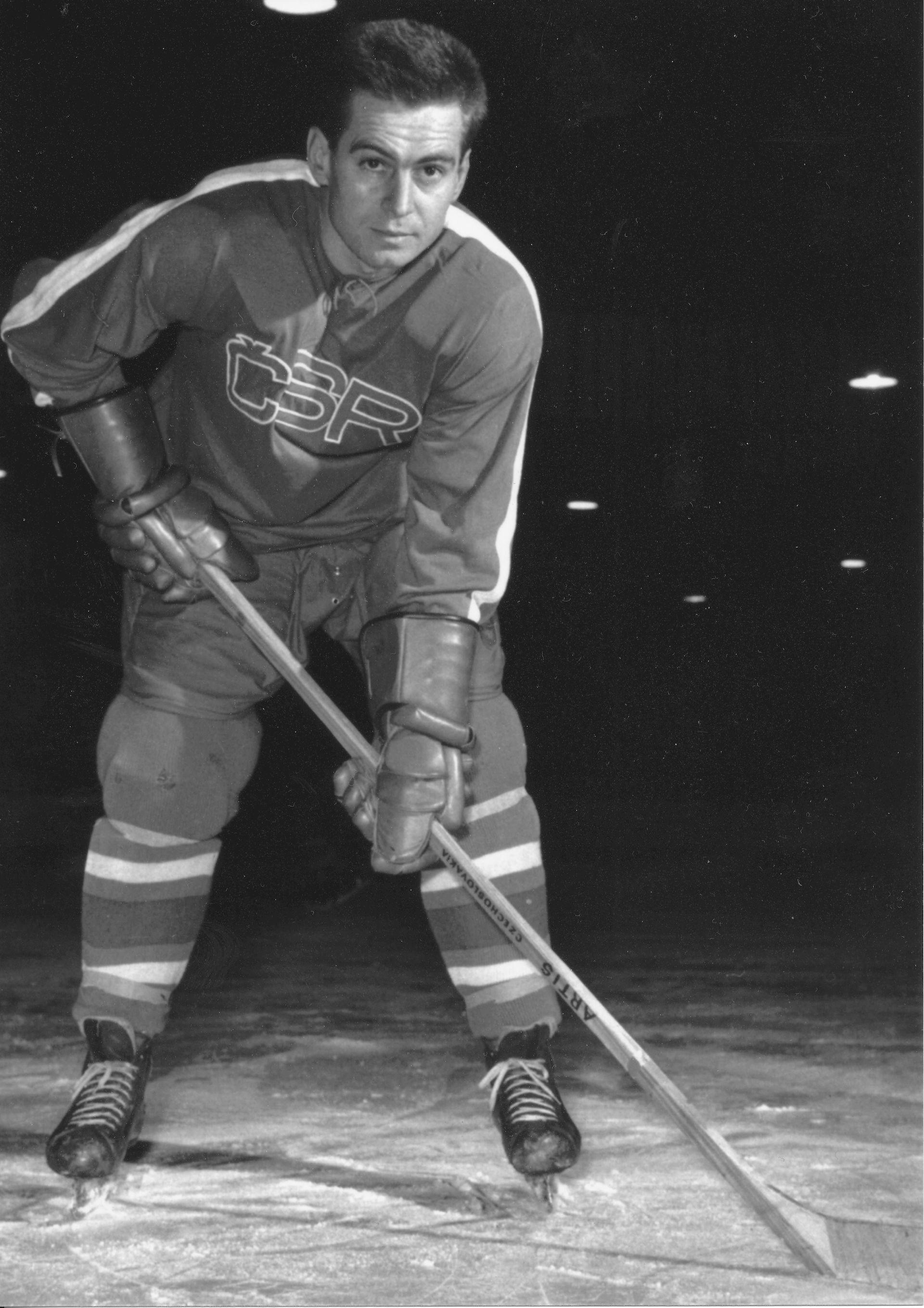 Photo of František Vaněk: Czechoslovakia league ice hockey player, ice hockey player and olympionic
