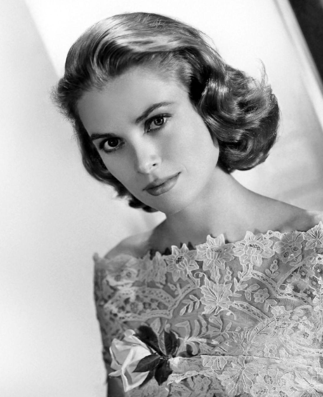 Photo of Grace Kelly: American actress; Princess consort of Monaco