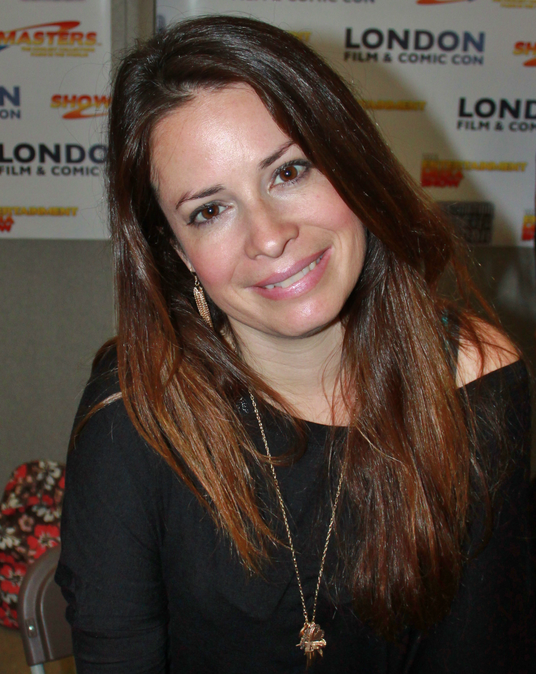 Photo of Holly Marie Combs: Actress, television producer