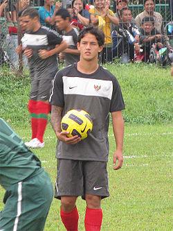 Photo of Irfan Bachdim: Indonesian footballer