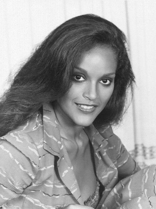 Photo of Jayne Kennedy: Actress, model, presenter, Miss Ohio USA 1970