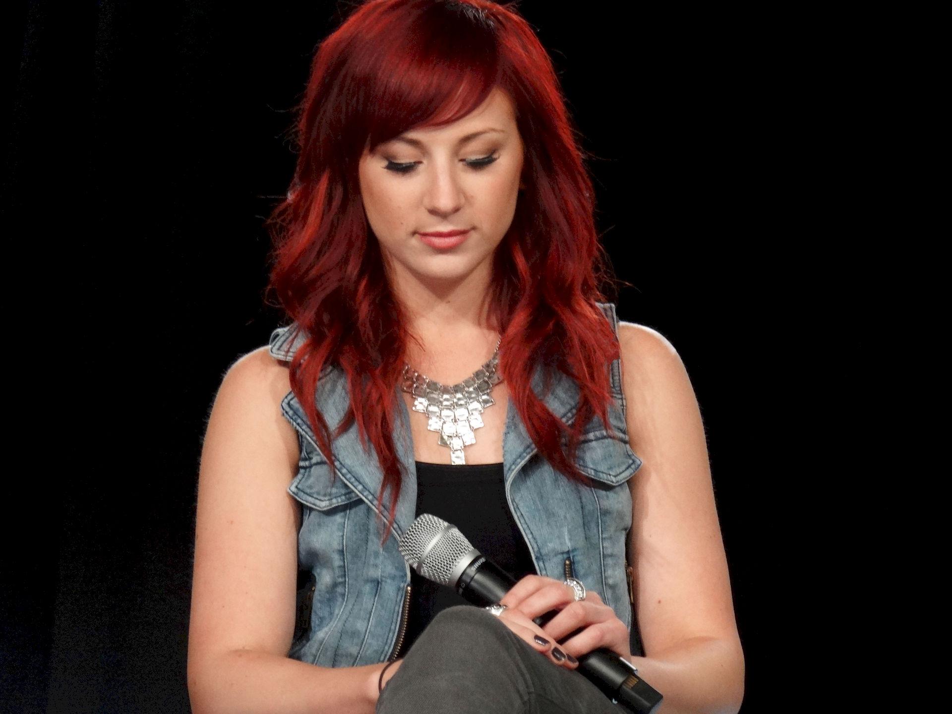 Photo of Jen Ledger: Musician
