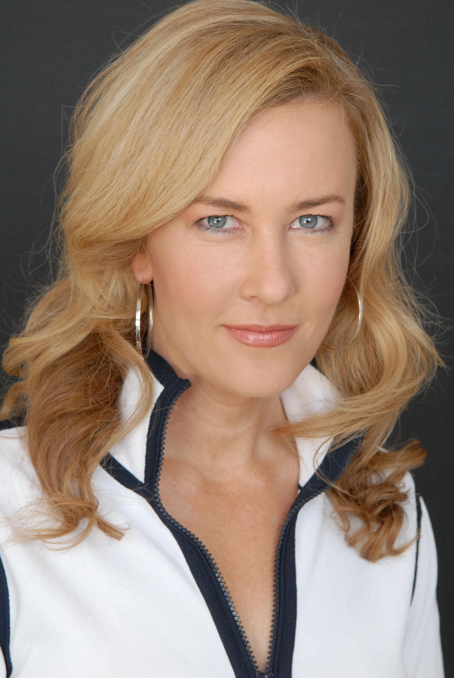 Photo of Jennifer Aaker: American psychologist/author