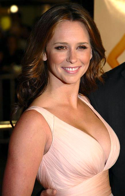 Photo of Jennifer Love Hewitt: American actress and singer-songwriter