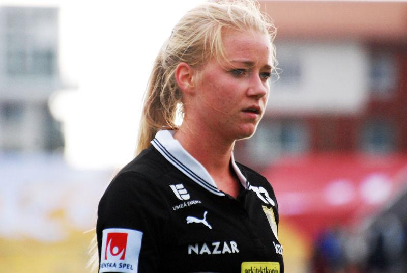 Photo of Jenny Hjohlman: Association football player