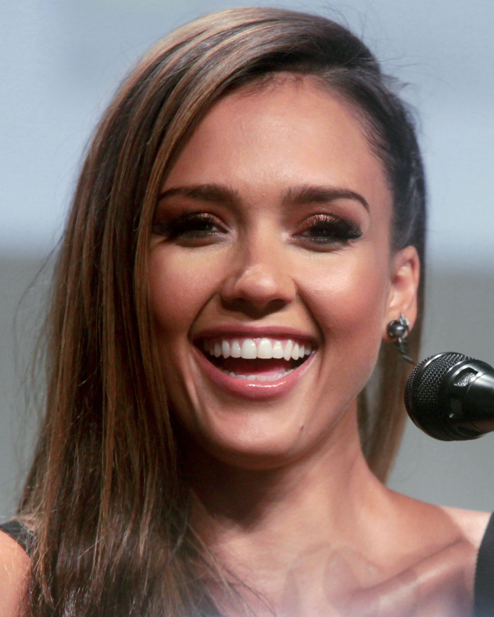 Photo of Jessica Alba: American model and businesswoman; television and film actress