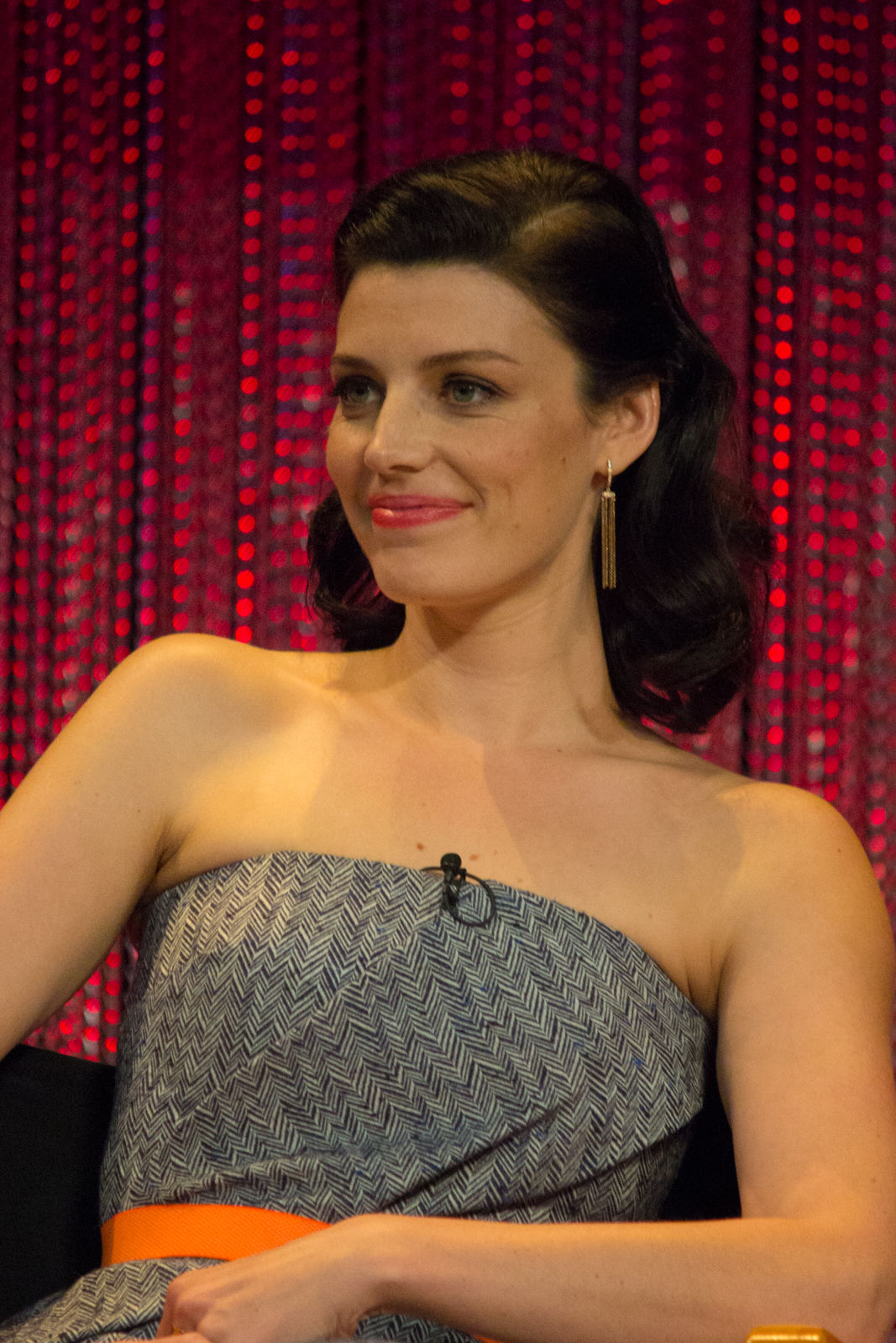 Photo of Jessica Paré: Canadian television and film actress
