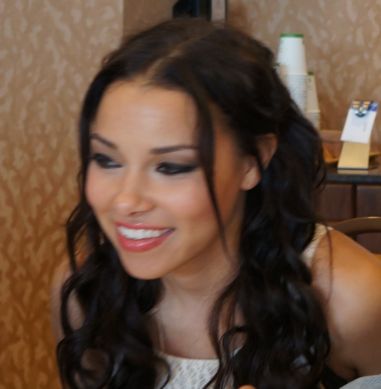Photo of Jessica Parker Kennedy: Canadian actress